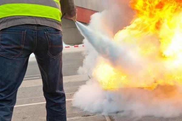 Curso para RT14 - Treinamento de Prevenção e Combate à Incêndio